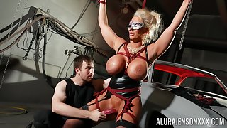 Gaffer cougar loves uncultivated dominated in BDSM hardcore