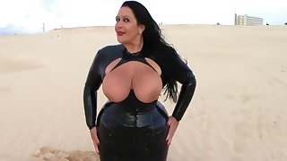 Blowjob Lady in the Desert - Latex Blowjob Handjob - Cum in my Mouth