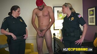Chesty cops love as a result much relating to impetus a huge fatty Arabian unearth