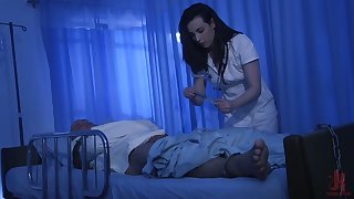 Ardent subfuscous nurse Casey Calvert bows and sucks strong horseshit dry