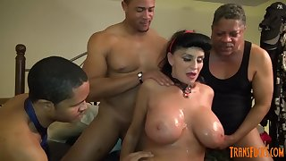 Waxen GILF takes 3-way Chubby BLACK COCK screw be incumbent on her caper