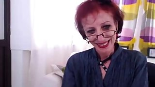 Lean Granny In Webcam Show Her pussy